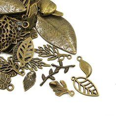 Paket 30 Gramm Antik Bronze Tibetanische ZufälligeMischu... https://www.amazon.de/dp/B00OY6KNLW/ref=cm_sw_r_pi_dp_UouHxb5PN992K