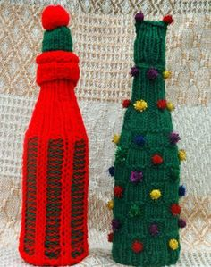 Rosy Cheeks Wine Bottle Cozies | AllFreeKnitting.com Knit these Rosy Cheeks Wine Bottle Cozies for all of your Christmas parties. Whether you are bringing a hostess gift or making a holiday centerpiece, these cozies add just the right amount of Christmas spirit to your spirits.