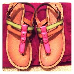 Clarks Excellent like new condition. Clarks Shoes Sandals