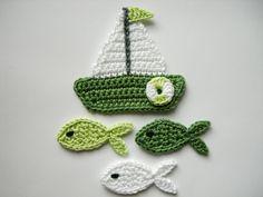 Häkelapplikation, Segelboot mit Fischen von Hannis-Schatzkiste auf DaWanda.com