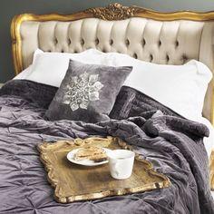 dark grey pinched quilt
