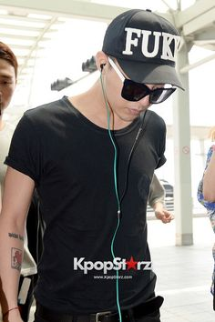 G-Dragon off to Indonesia