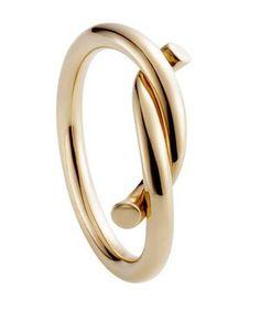 Anillo Cartier - Joyas - Anillos - Joyas mujer - Anillos para mujer - Entrelazado Anillo Entrelacés en oro rosa, colección Les Must, Cartier Precio: 660 € www.cartier.com #jewels #joias #joyas