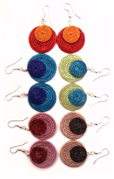 Fair Trade two-disk earrings handwoven by women in Swaziland using natural Sisal fibers. African Jewelry, Handmade Jewellery, Sisal, Crochet Crafts, Fair Trade, South Africa, Hand Weaving, Crochet Earrings, Internet
