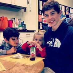 So cute Hayes,Skylynn & Nash☺