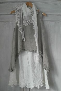 soft and flowing ... muted grey, seafoam and white pacific beach wear - BY PIA`S: MY VINTAGE LOOK