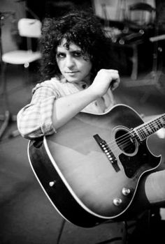 Marc Bolan & T. Rex Pictures and Photos Electric Warrior, Poetry Photos, Marc Bolan, Bedroom Eyes, Rock Groups, L Love You, Teenage Years, Picture Collection, Glam Rock