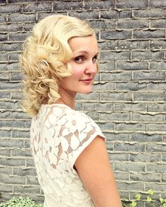 Retro Hair Tutorial...love to do this on our 20th Anniversary. And fit back in my vintage gown! : /