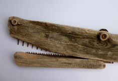 ....don 't forget to scream!!!       Ha ha! I found this great piece of wood a while back and though it was perfect for a croc 's nose - ...