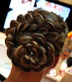 9 Enticing Tips: Funky Hairstyles For School brunette hairstyles elegant.Funky Hairstyles For School fringe hairstyles with glasses.Fringe Hairstyles With Glasses. Cool Braid Hairstyles, Fringe Hairstyles, Undercut Hairstyles, Wedding Hairstyles, Hairstyle Ideas, Pretty Hairstyles, Rose Hairstyle, Flower Hairstyles, Updo Hairstyles Tutorials