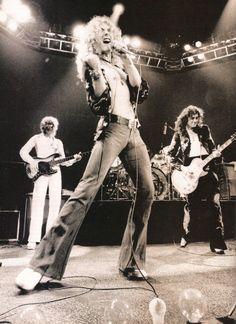 http://custard-pie.com/ Led Zeppelin live