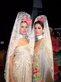 Royal Fashion, French Fashion, European Fashion, New Fashion Trends, Fashion 2020, Folklore, Flamenco Costume, Spain Fashion, Barcelona Fashion