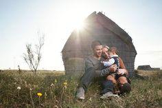Séance en famille à Canet Plage  Réservez votre shooting photo ou reportage de mariage sur: http://ift.tt/1oPUHC3 - http://ift.tt/1oPUHC3
