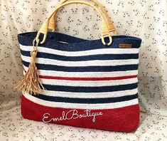 Style Marin, Crochet Handbags, Handmade Bags, Crochet Projects, Straw Bag, Purses And Bags, Knitting, Crocheted Bags, Shoes