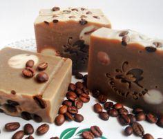 sapun cu cafea Natural Coffee, Handmade Cosmetics, Natural Soaps, Soap Recipes, Crochet Ideas, Home Remedies, Desserts, Diy, Food