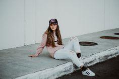 foto tumblr / street style / garota tumblr / foto sentada na calçada