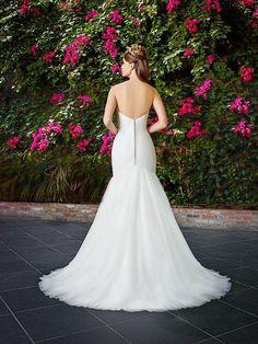 Moonlight Tango T768 figure-flattering tulle mermaid wedding dress.