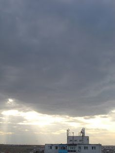 Clouds, Lighting, Places, Outdoor, Outdoors, Light Fixtures, Lights, Lightning, Outdoor Living