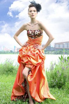 Élégant robe de soirée en satin 30152 [Doris094] - €87.50 : Robe de Soirée Pas Cher,Robe de Cocktail Pas Cher,Robe de Mariage,Robe de Soirée Cocktail.