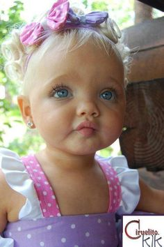 I had to repin.... This is the most beautiful little girl I have seen.... Including Brad  Angelina's kids!
