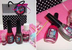 Kit Higiene e kit unha Monster High - Fazendo Festa