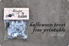 Dixie Delights: Bugs & Kisses Free Printable