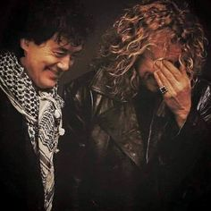 A case of the giggles - Jimmy Page and Robert Plant Led Zeppelin Iv, Robert Plant Led Zeppelin, Jimmy Page, Page And Plant, John Bonham, Greatest Rock Bands, Stevie Ray Vaughan, Keith Richards, Jimi Hendrix