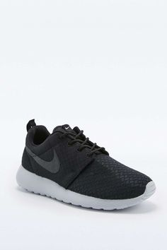 Size 3 or 3.5, Nike Roshe Run Black and Grey Trainers FOR EVERYDAY WEAR (NOT RUNNING)