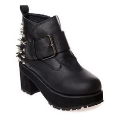 22.57 Stylish Women s Boots With Rivets and Buckle Design Rock Outfits 8100eb05ab0ed