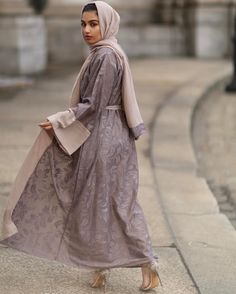 Islamic Fashion, Muslim Fashion, Modest Fashion, Fashion Outfits, Fashion Women, Modest Wear, Modest Dresses, Modest Outfits, Hijab Dress