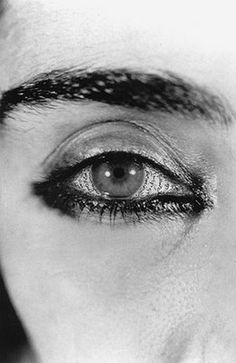 View Offered Eyes by Shirin Neshat on artnet. Browse upcoming and past auction lots by Shirin Neshat. Shirin Neshat, Kreative Portraits, Faber, Iranian Art, Gelatin Silver Print, Arabic Art, Feminist Art, Famous Photographers, Art And Architecture