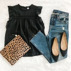 Summer Dressy Casual / Date / Dinner Outfit 2019 Black blouse / top+jeas+black pointed flats+leopard print clutch. Summer Dressy Casual / Date / Dinner Outfit 2019 Mode Outfits, Dress Outfits, Club Outfits, Night Outfits, Woman Outfits, Midi Dresses, Club Dresses, Dress Shoes, Dressy Casual Outfits
