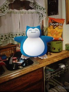 This Snorlax is trying to take my Doritos. #pokemongo