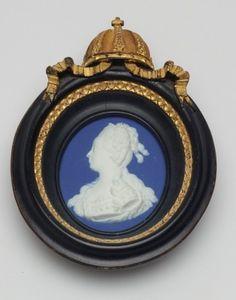 Portrait Medallion - Marie Antoinette Queen of France. Portrait taken from an original medallion by Jean Baptiste Nini