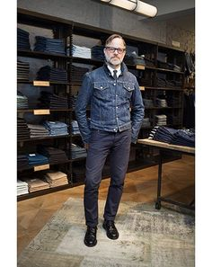 GQ men talk about the denim they wear the most Trendy Mens Fashion, Denim Fashion, Fashion Photo, Denim Jacket Men, Men's Denim, Men's Street Style Photography, Style Masculin, Mode Jeans, Moda Casual