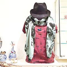 Sjaal met tiedye print in zeegroen. € 16,50