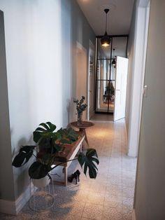 Oversized Mirror, Bench, Interior Inspiration, Furniture, Home Decor, Decoration Home, Room Decor, Home Furnishings, Home Interior Design