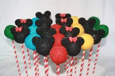 Mickey & Minnie - Mickey and Minnie Mouse Cake Pops