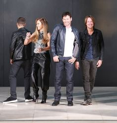 and Keith Urban along with host Ryan Seacrest doing a photo shoot at Milk Studios in Los Angeles, California on October 2014 American Idol Judges, Jennifer Lopez Photos, Milk Studios, Singing Competitions, Keith Urban, Music Tv, Reality Tv, Favorite Tv Shows