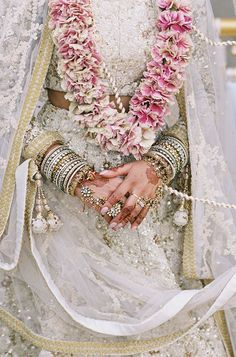 indian wedding Elegant Interfaith Wedding with Two Ceremonies in the English Countryside Snippet amp; Henna Tattoos, Trendy Wedding, Wedding Styles, Elegant Wedding, Flower Garland Wedding, Wedding Garlands, Purple Wedding Cakes, Floral Garland, Wedding Cakes With Flowers
