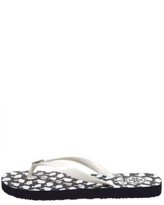 Tory Burch Flippys on sale at BergdorfGoodmans for $30! WANT!