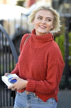 Corrie's Lucy Fallon beams at dental clinic after NTAs win Lucy Fallon, Juicy Lucy, Baker Boy Cap, Coronation Street, Celebs, Celebrities, Beauty Queens, Sweater Cardigan, Dental