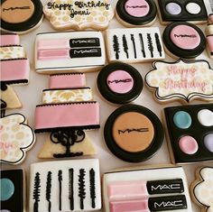 Girly birthday makeup cookies {no tutorial} Fancy Cookies, Cut Out Cookies, Iced Cookies, Cute Cookies, Royal Icing Cookies, Cupcake Cookies, Sugar Cookies, Starbucks Cookies, Makeup Themes