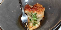 Kalfszwezerik | knolselderij | zwarte knoflook | peterselie, Soenil Bahadoer, restaurant De Lindehof, Nuenen.