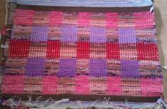 Elinan Erikoiset - Vuodatus.net Rya Rug, Recycled Fabric, Woven Rug, Textile Art, Fiber Art, Weaving, Textiles, Rugs, Rug Weaves