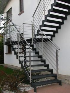 10 Creative ideas for outdoor stairs - Little Piece Of Me Outdoor Stair Railing, Staircase Railings, Staircase Design, Stairways, Stair Design, Steel Stairs Design, Spiral Staircases, Garage Stairs, Tiny House Stairs