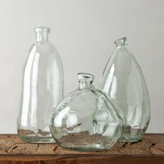 Chic, stylish and eco-friendly, these recycled glass morph vases are some of our favorite decorative accents. #wedding #registry