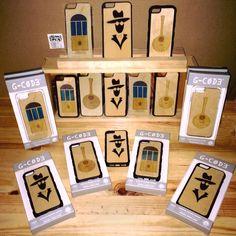 iPhone 5 5s 6 6s wood cases #AlfamaShop #Alfama #Lisboa #Lisbon #Portugal #GiftShop #Souvenirs
