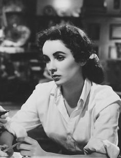 Elizabeth Taylor, Love Is Better Than Ever, 1952