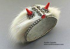 Fur. Yeti bracelet by Aurelio Castaño